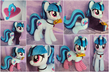 Sonata Pony Plushie with Taco, Socks, and Hoodie by ButtercupBabyPPG