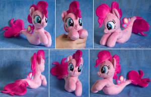 Seapony Pinkie Pie Beanie V2 by ButtercupBabyPPG