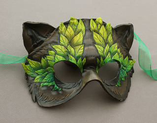 Leafy Bear Mask by windfalcon
