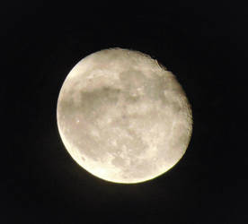 Moon at 11 PM 8-28-18 by knighttemplar1