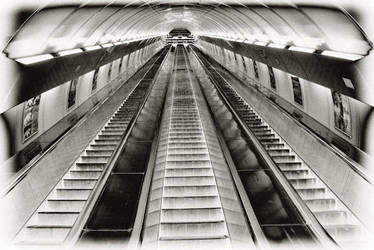 Metro Galactica by FrankVanImschoot