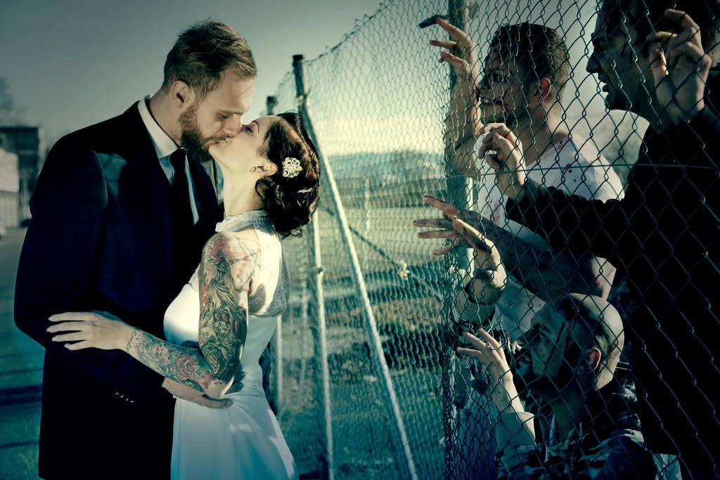 Zombie Wedding By Rela Van R On Deviantart