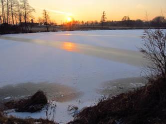 Sunset Pond by wojtekkowalski58