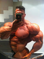 Roided ripped muscle by BBbelly