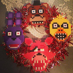 Five Nights at Freddy's nerdy Christmas wreath 2 by TehCK