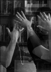 Eye, hands and books by Sartr