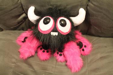 Six-legged Spyster Monster by geekygamergirl
