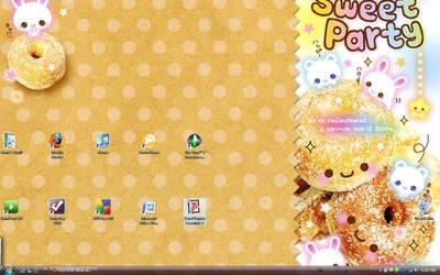Happy Doughnut Desktop by Kerrie-Jenkins