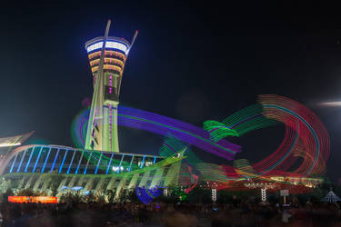 LED Kites at People's Square in Weifang by phlezk