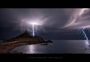 Apocalypse by TonyLeBastard