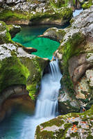 Triglav - Mostnica Pool by AndreasResch