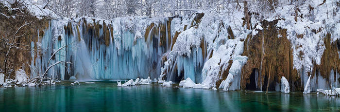 Plitvice - Upper Fall Panorama by AndreasResch