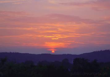 Liquid Sunset by Gullsko