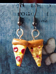 Pizza Earrings by Amy221B