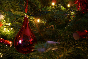 Christmas Bauble by Dephilis