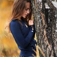 Vi And Autumn by GRAFIKfoto