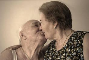 A kiss by valentina85