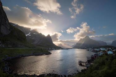 Rays over Reine by Trichardsen