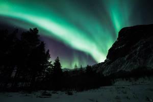 The edge of night by Trichardsen