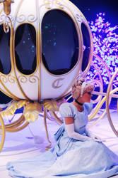 A true princess by Mlle-Dreamer