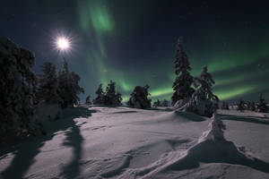Auroras and the Moon by Laazeri