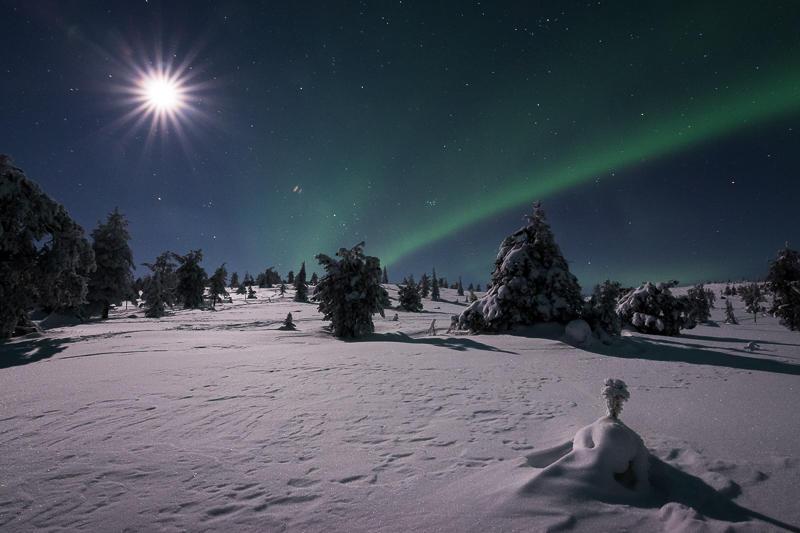 Auroras and the Moon II by Laazeri