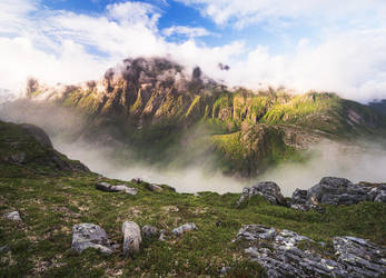 Through the Mist by Laazeri