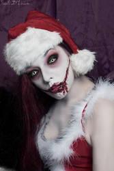 Smile... it's Christmas by Sivali-Delirium