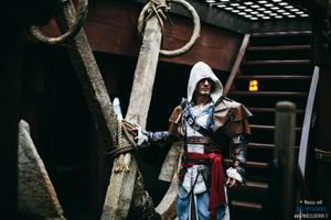 Edward Kenway - AC IV Cosplay by Leon Chiro (New) by LeonChiroCosplayArt