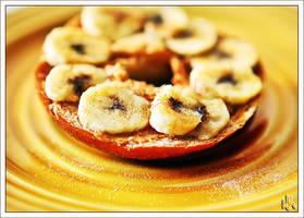 Cinnamon Peanut Butter Banana by ieatSTARS
