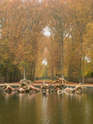 Palace Fountain by simfonic