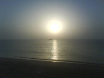 sunrise in persiangulf by quillet