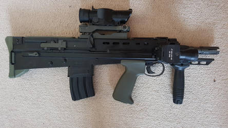 Airsoft Ares L22A2 with 20rnd MAg by Luckymarine577
