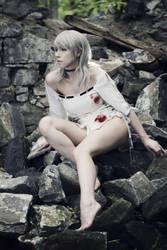 Fiona Belli. by LadyxZero