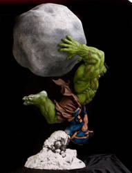 Ultimate Hulk vs Wolverine by FatBoyStudios