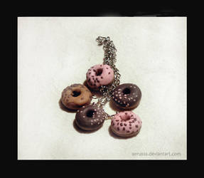 donuts  keychain by Aerusss