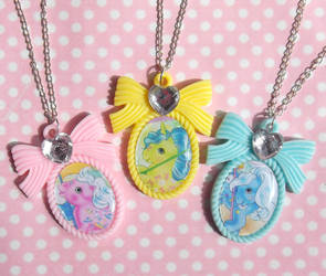 SOLD Cute G1 My Little Pony cameo bow necklaces by KawaiiMoon24