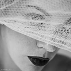 White Net by MarinaCoric