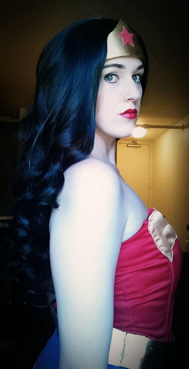 Wonder Woman by BeautifulRoseThorn