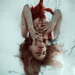 broken heart by emptyredhead