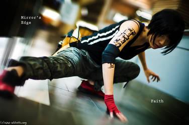 Mirrors Edge: strike a pose by Akusesu