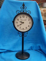 Clock 1 by AzurylipfesStock