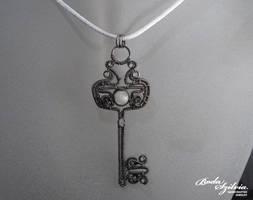 Heavenly key pendant by bodaszilvia
