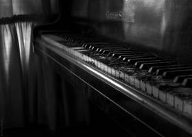 sound of silence by SoFantasia