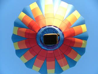 balloons 2 by BrokenSpaceAngel
