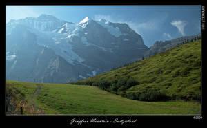 Jungfrau Mountain Switzerland by eehan