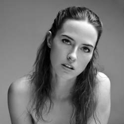 autoportrait 2018 by ivuliena