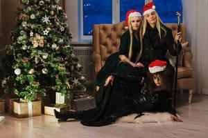 Christmas in  Malfoy Manor. by Fealin-Meril