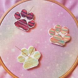 Cross Stitch Cat Paws - Needleminders by shingorengeki