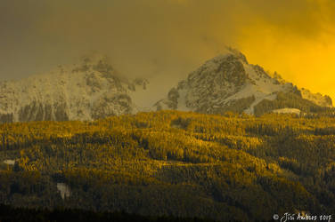 The golden mountain by Sigfodr